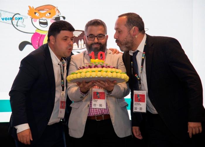 Nacho Cabrera, Miguel Anillo y Guillermo Ruiz en el acto de clausura